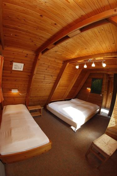 ferienhaus damp eckernf rder bucht ferienhaus h fen mit fass sauna im au enbereich. Black Bedroom Furniture Sets. Home Design Ideas