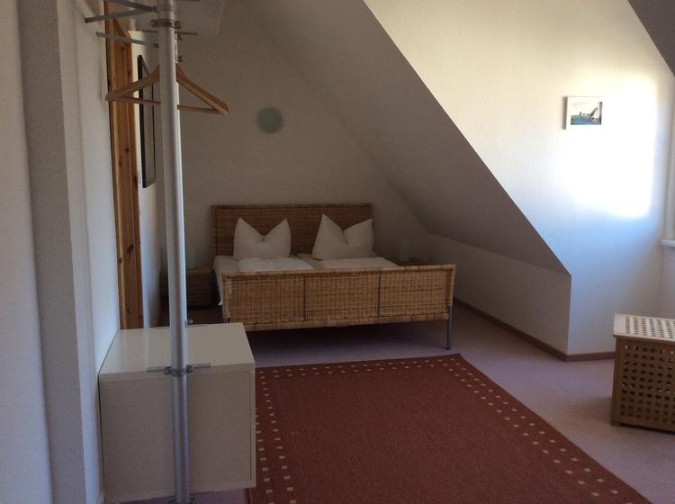 Schlafzimmer 1 Haus 2