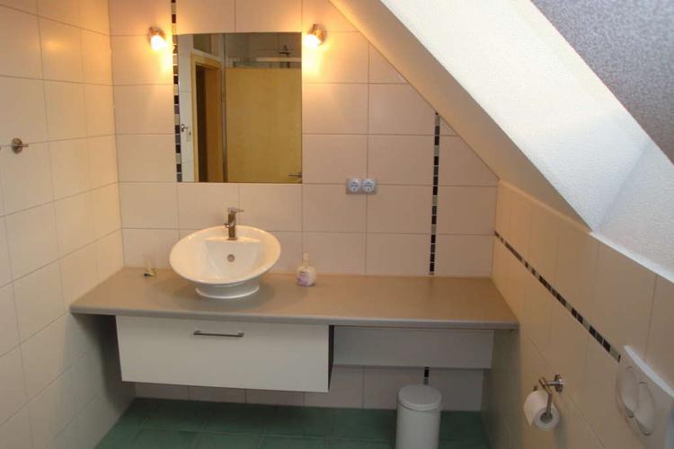 Modernes 2. Bad im Obergeschoss