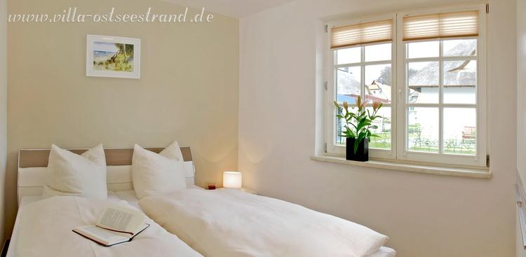 Schlafzimmer im EG mit Doppelbett (160x200)