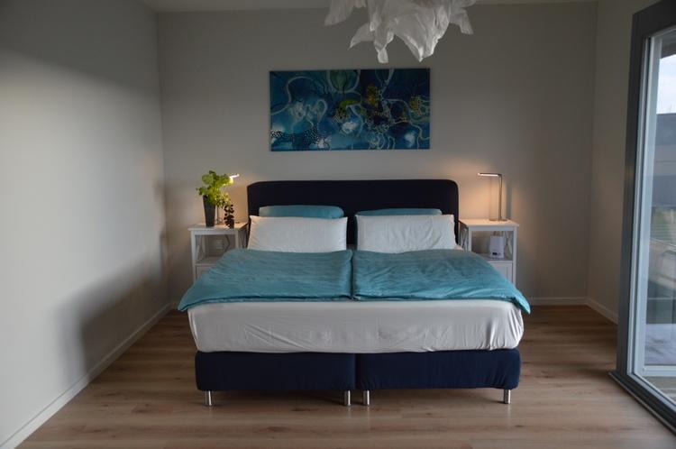 Schlafzimmer zum Yachthafen
