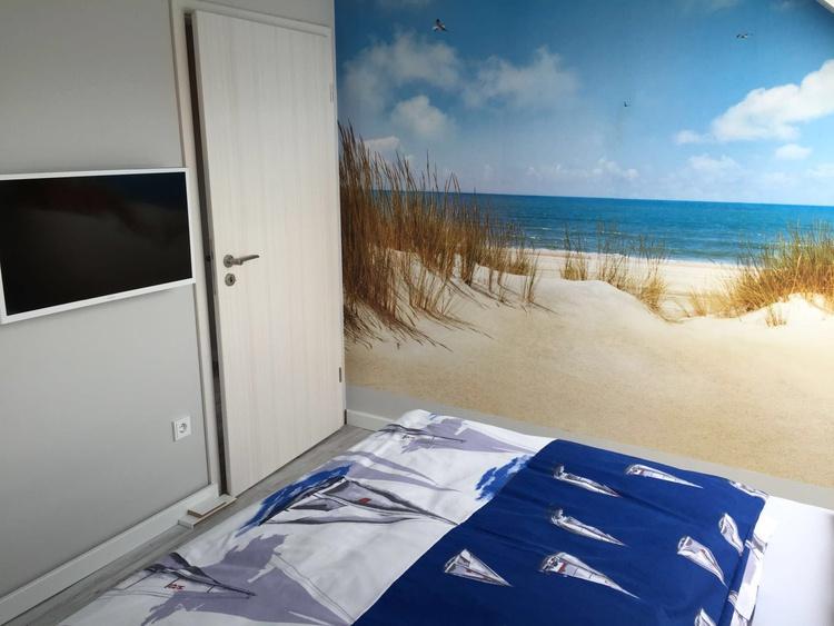 2. Schlafzimmer im OG mit TV....aufwachen wie am Strand :)