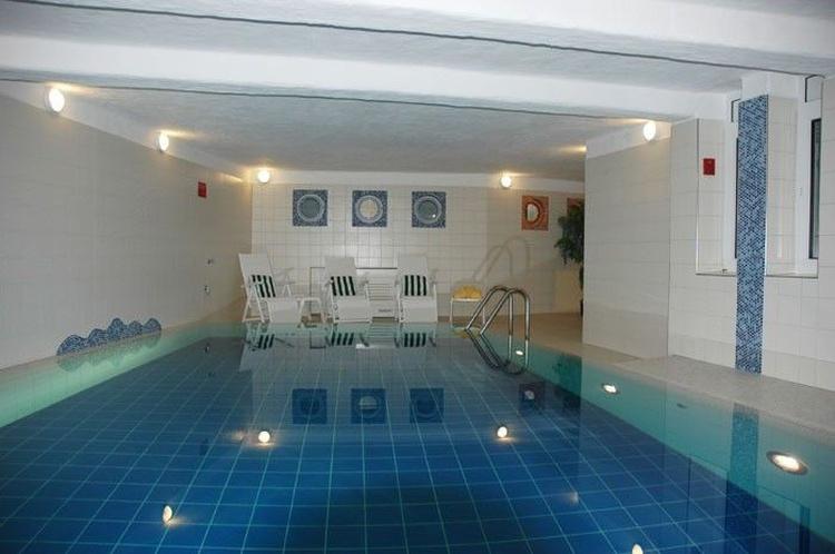 Das beheizte Schwimmbad