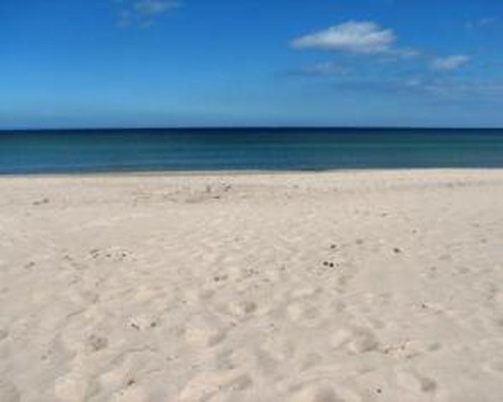 Strand 150 m vor dem Haus