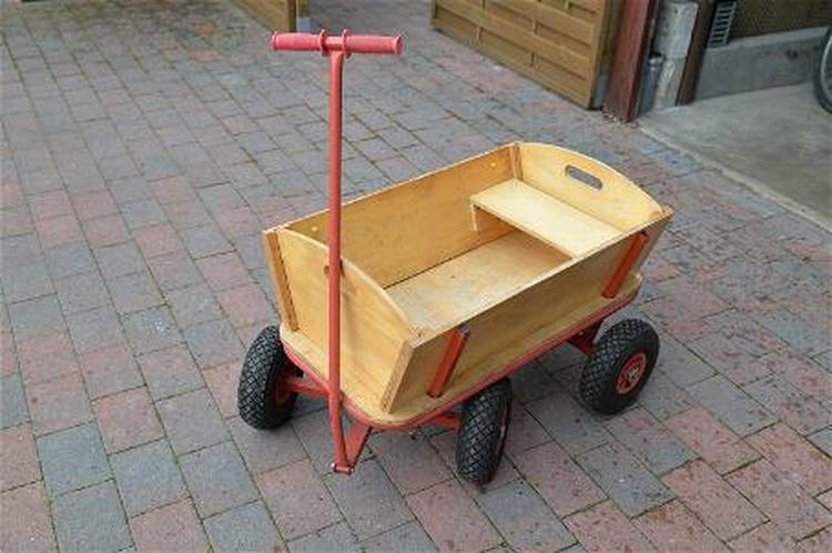 Bollerwagen für die Kleinen