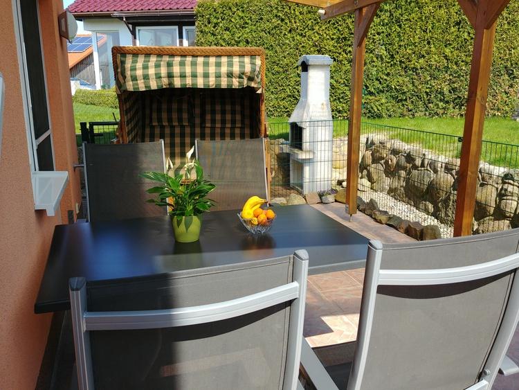 Terrasse zusätzlich eingezäunt