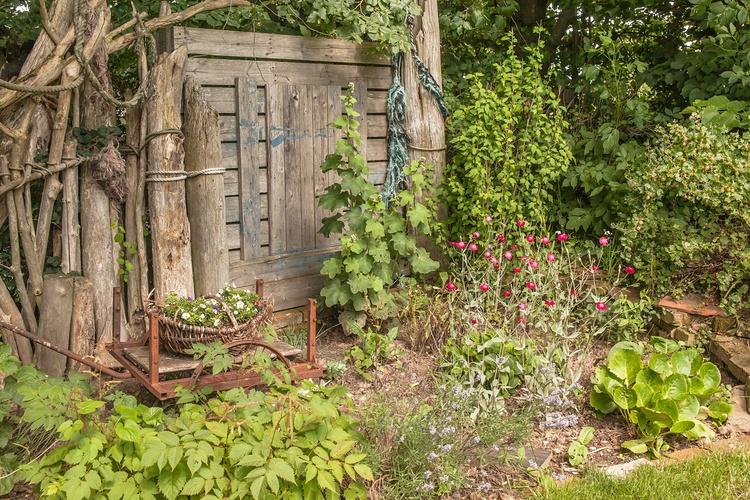 Der Garten ist sehr schön.