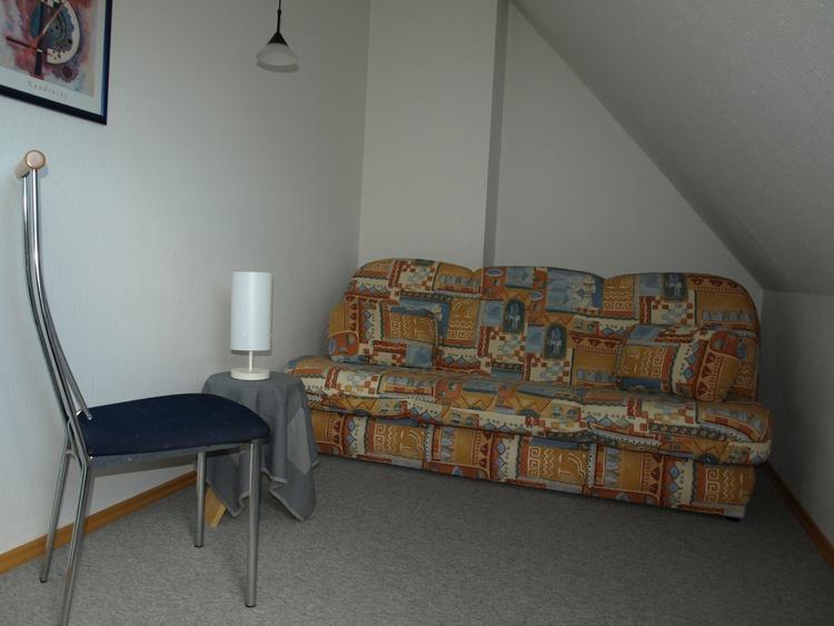 kl. Schlafzimmer DG