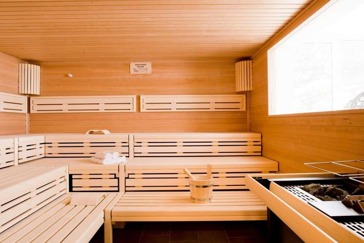 Sauna (es stehen Ihnen 3 Saunen zur Verfügung)