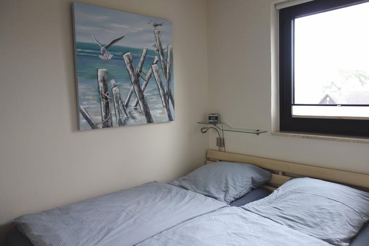 Schlafzimmer m. hochwert. Boxspringmatratzen,  mit 2. TV, Bettwäsche inkl.