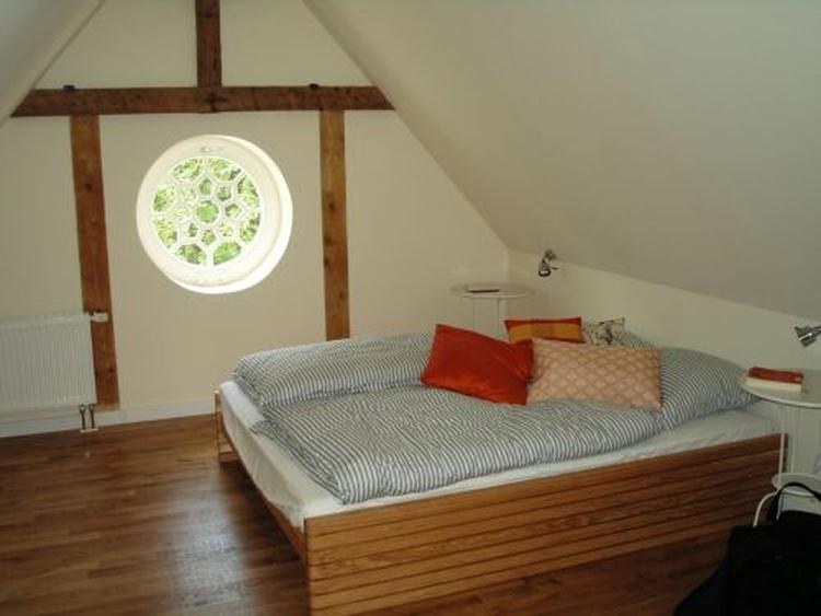 Schlafzimmer exemplarisch