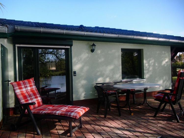 Ferienhaus lila - Terrasse