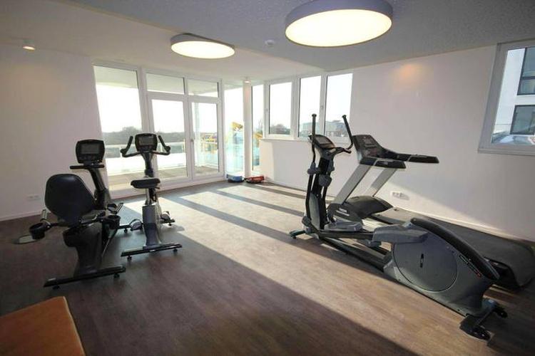 Fitnessraum mit Meerblick
