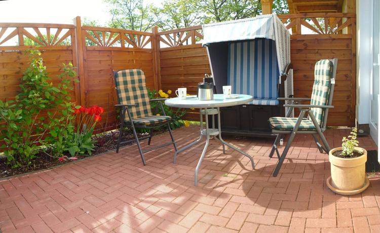Terrasse zum Ferienzimmer
