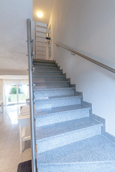 """Treppen zu den oberen Etagen Haus """"Ostsee"""""""