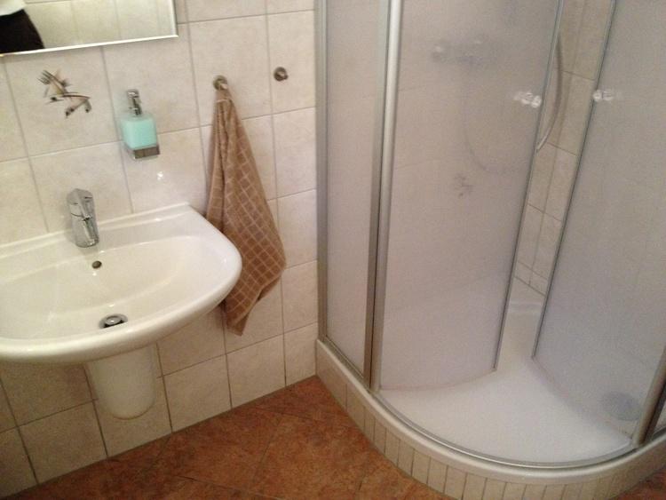 Duschbad, WC Souterrain