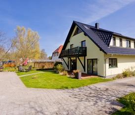 Holiday Apartment Middelhagen