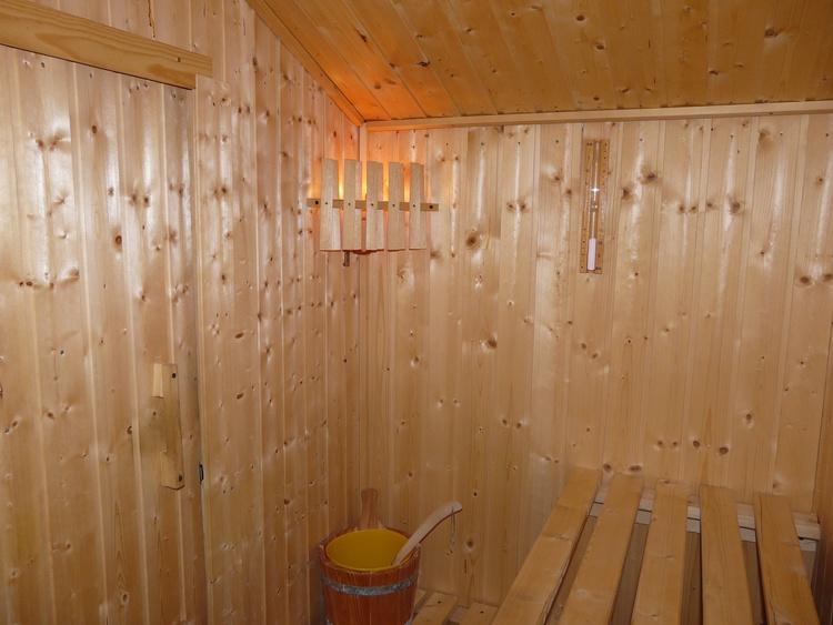 Zwischendurch ein Saunabad für noch mehr Wohligkeit