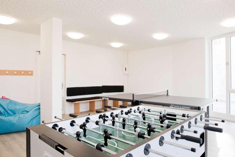 Kicker + Tischtennis-Raum