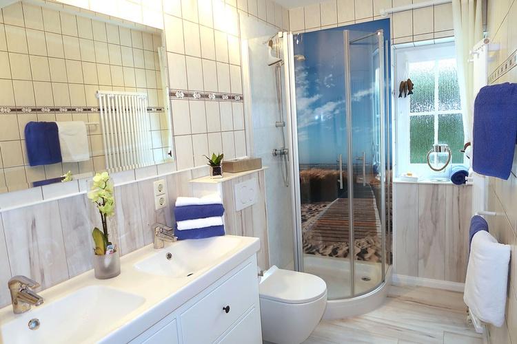 Badezimmer von der 90 qm Wohnung.