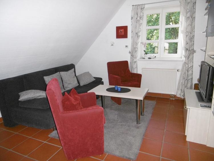 Alle Zimmer haben einen hochwertigen ital. Terrakottaboden und eine allergikergerechte Möblierung.