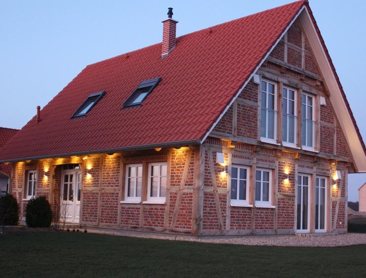Aufwendige Ambientebeleuchtung macht das Haus zum Hingucker