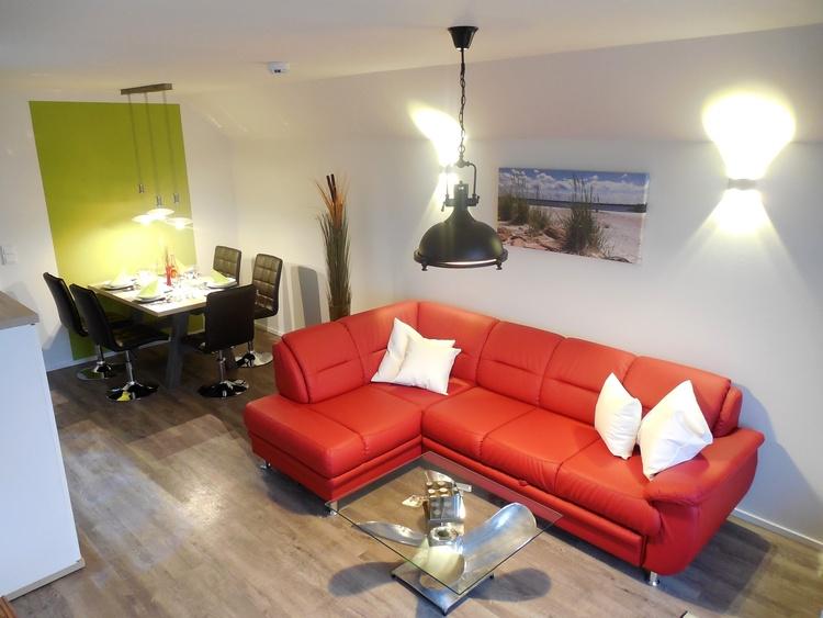 Ostseeresort Olpenitz, Allergikerfreundliches Textilleder auf Schlaf-Sofa und Stühlen