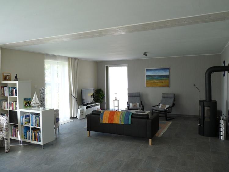 Wohnzimmer (Sitzecke mit Kaminofen)