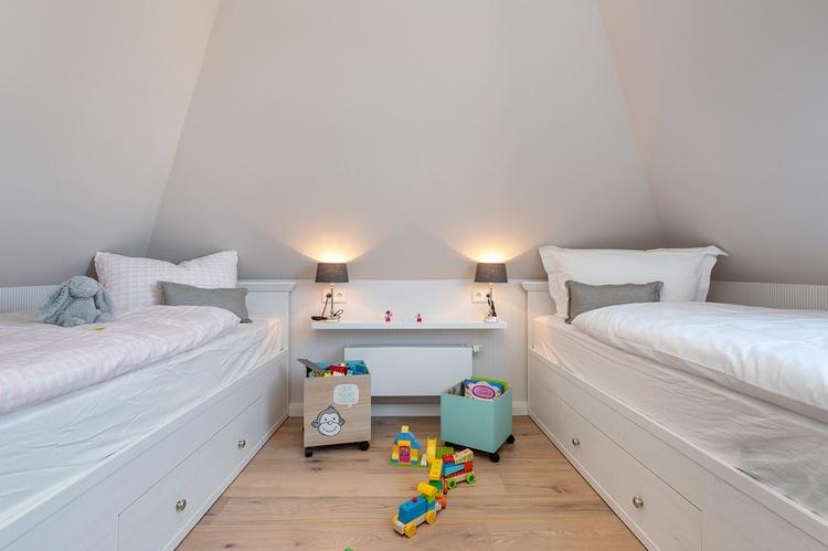 Spitzbodenzimmer auch als Kinderzimmer geeignet