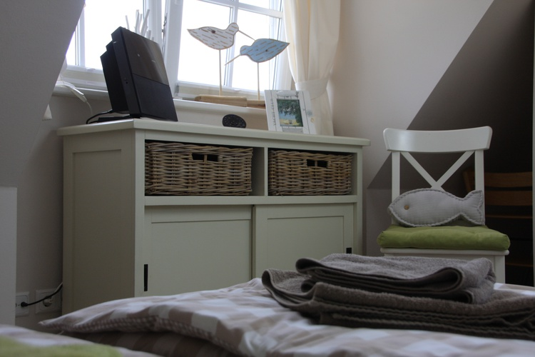 Kleines Schlafzimmer DG