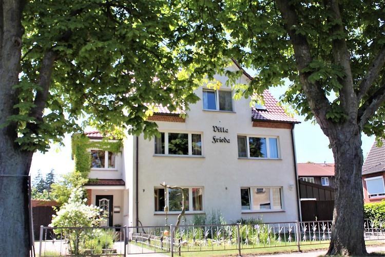 Villa Frieda mit 3 Wohnungen