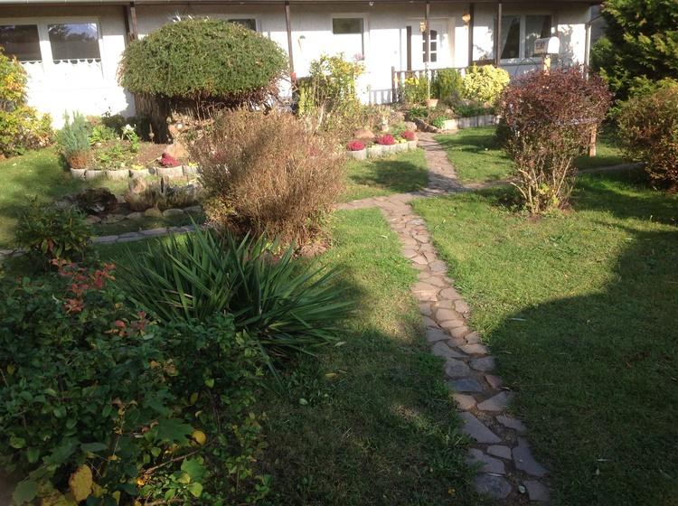 Gartenbereich vor dem Feienhaus