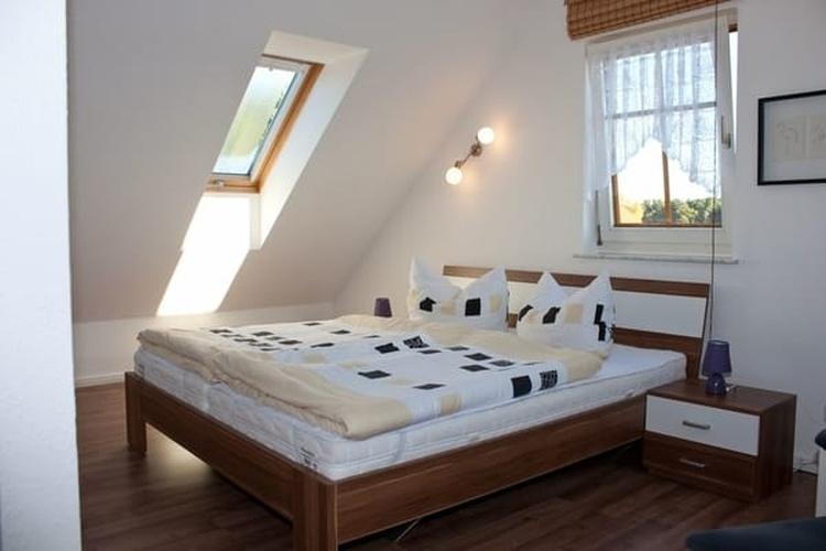 gemütliches Schlafzimmer im Obergeschoss
