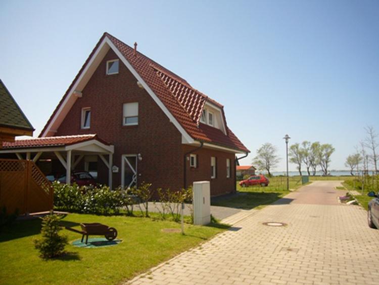 Ferienhaus mit Wasserblick, 2 Wohnungen im Haus