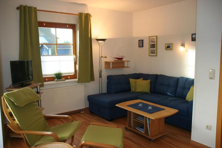 Ansicht der gemütlichen Sitzecke im Wohnzimmer
