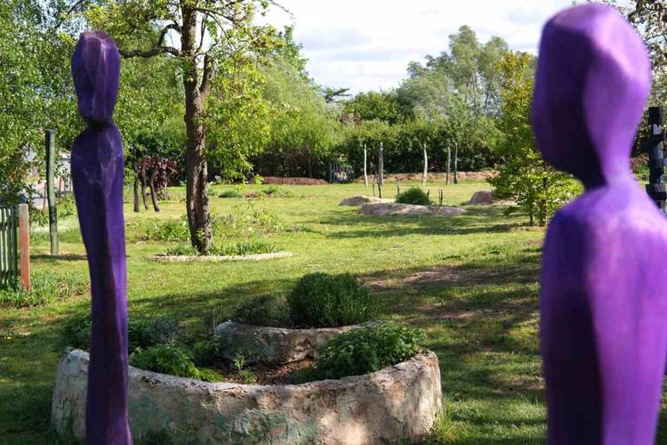 Kräuter im Skulpturengarten