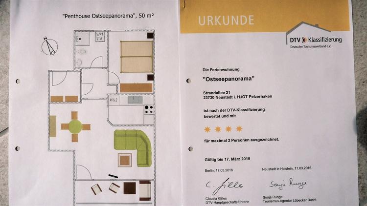 Grundriss 50 qm und Urkunde 4-Sterne-DTV