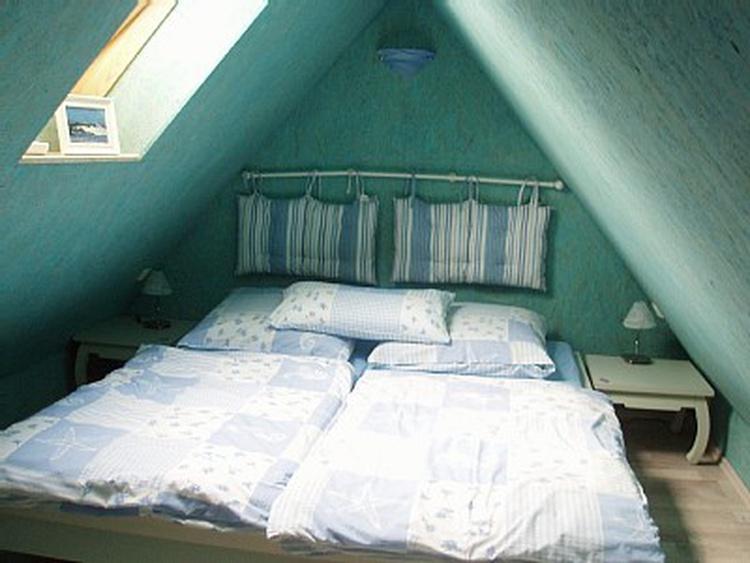 2.Schlafzimmer im Spitzboden...Kinder lieben es :)
