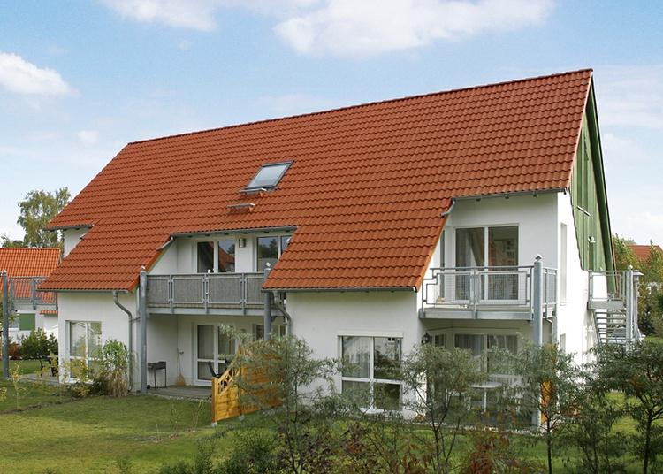Gartenansicht (Wohnung im 1.u.2.OG rechts)